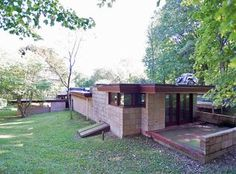 View 28 photos of this 3 bed, 2.0 bath, 2250 sqft Single Family that sold on 7/26/16 for $368,000. Frank Lloyd Wrights Eppstein residence is a warm and ...