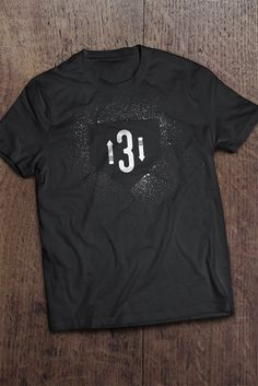 Baseball fans will love this. 3 up 3 down. Fun gift idea for teens, dads, kids who love baseball. Baseball Mom Shirts, Softball Mom, Sports Shirts, Softball Stuff, Baseball Stuff, Softball Pictures, Baseball Season, Shirt Designs, T Shirts