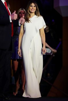Tommy said he would happily design for First Lady-elect Melania Trump Donald And Melania Trump, First Lady Melania Trump, Donald Trump, Milania Trump Style, Sport Chic, Silk Crepe, Classy Outfits, Spring Summer, Ralph Lauren