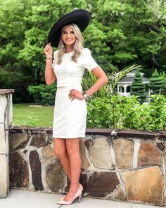White for derby - beautiful! 👒 #kentuckyderby #derbydresses #derbyoutfits #littlwhitedress Derby Outfits, Derby Dress, Top To Toe, Kentucky Derby, White Dress, Beautiful, Instagram, Dresses, Fashion