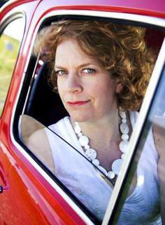 Brigitte Kaandorp bewijst dat vrouwen wel humor hebben! http://zeihij.nl/index.php/powervrouw-brigitte-kaandorp/