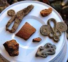 Viking age /Finnish / KHME Norse People, Vicomte, Copper Work, Viking Life, Ancient Vikings, Iron Age, Viking Jewelry, Dark Ages, Swords