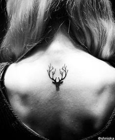 Pretty Small Tattoo Designs for Girls6