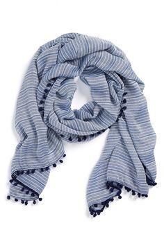 pompom trim scarf / halogen