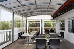 Outdoor Blinds: Stylish Cafe Blinds & Cafe Curtains | Archgola