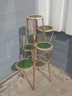 Rottinkinen kukkapylväs, siistikuntoinen, ehjät lasit. Korkeus 80 cm. MYYTY. Wishbone Chair, Table, Furniture, Vintage, Design, Home Decor, Decoration Home, Room Decor