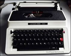 Silver-Reed 500  vintage typewriter working very by OldTypewriters