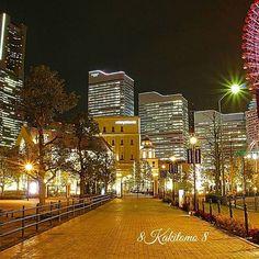 Instagram【8kakitomo8】さんの写真をピンしています。 《アニヴェルセルみなとみらい横浜のアプローチからの📷✴️ 横浜みなとみらいを象徴するランドマークタワーとコスモクロックに挟まれてその存在感をアピールしています🌟🔔 . Location:yokohama . #夜景 #横浜 #みなとみらい #ランドマークタワー #横浜が好きな人と繋がりたい  #japan_night_view  #ptk_night  #icu_japan #night_arts #addicted_to_night  #yakei_luv  #thehub_night  #night_shots  #total_night  #night_captures #bestnightpics  #Lovers_Nippon #pocket_nights  #_photo_japan #icu_nightlife #best_expression_night #team_jp #art_of_japan  #pics_jp #wu_japan #traveling_night…