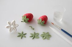 How to make gum paste strawberries