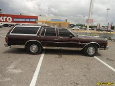 pictures of old station wagons | Chevrolet Caprice Classic Station Wagon - Automatico TuCarro.com ... We had one in baby shit green but i still loved it.