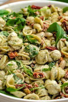 Best Pesto Pasta Salad Recipe, Pesto Pasta Dishes, Tomato Pasta Salad, Pasta Salad With Tortellini, Pesto Pasta Recipes, Summer Pasta Salad, Pesto Dressing Salad, Pesto Salad, Sundried Tomato Pesto Pasta
