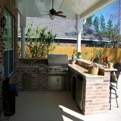 Liking the simplicity of this outdoor kitchen!