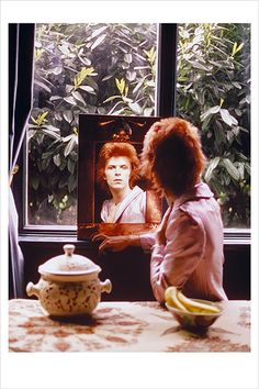 'Ziggy Stardust' Photographer Mick Rock Reflects on the Legacy of David Bowie - VICE