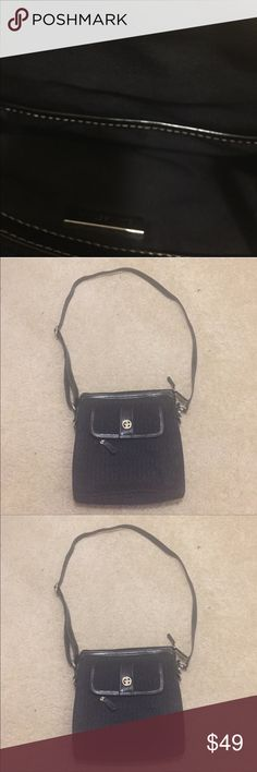Black Crossbody bag Like new, dimensions 10 by 10 by 2 inches, strap drop is 20 inches, adjustable length strap Giani Bernini Bags Crossbody Bags