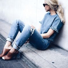 raddestshe:  Raddest Womens Fashion Looks On The Internet: http://ift.tt/1FAsg3i