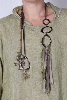 Aproximat by Tatiana Palnitska - Art to Wear Originals - browse Tassel Jewelry, Textile Jewelry, Statement Jewelry, Artisan Jewelry, Handcrafted Jewelry, Jewelry Crafts, Jewelry Art, Unusual Jewelry, Refashion