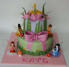 WYLENE- I want this cake for my birthday.. minus the other fairies :) Just Tinkberbell. You have almost 3 months to practice. Ready.. Go.. LOL
