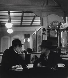Wolf Suschitzky Charing Cross Road, London c.1936