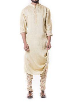 Light Green Kurta Set by Anju Agarwal Indian Attire, Indian Outfits, Indian Wear, Wedding Guest Men, Wedding Couples, Designer Suits For Men, Designer Wear, Suit Fashion, Mens Fashion