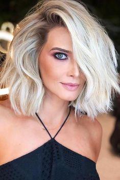 Khloe Wig Lavish Locs Fall Wig Trend: Short Hair - September 14 2019 at Blonde Hair Cuts Medium, Short Blonde, Short Hair Cuts, Pixie Cuts, Hair Cut Blonde, Short Wavy, Blonde Bobs, Blonde Haircuts, Bob Haircuts