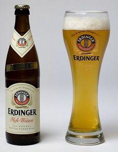 Dessertpin - Tap and Tell: Erdinger Hefe-Weizen Erdinger Beer, Lager Beer, Wine And Beer, Beer Brewing, Beer Stein, German Beer Brands, Craft Bier, Brew Pub, Craft Beer