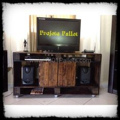 Pallets TV stand | 1001 Pallets