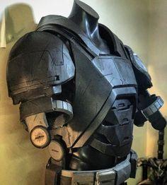 Cosplay Helmet, Batman Cosplay, Cosplay Armor, Cosplay Diy, Tactical Suit, Tactical Armor, Ninja Armor, Sci Fi Armor, Concept Weapons