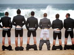 Wedding Pics Groomsmen underwear Funny Wedding Pictures Bad Wedding Photos Ugly Wedding Dresses Fail Horrible Awkward Family worst strange Brides - More Weird Groom And Groomsmen Style, Team Groom, Groomsmen Ties, Bride Groom, Aisle Style, Before Wedding, Wedding Humor, Lgbt Wedding, Wedding Wishes