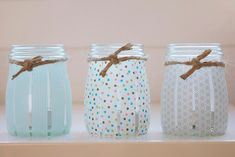 Fabulous look using Washi tape—to create custom handmade votives—a cool look for a wedding❣Fabulous look using Washi tape—to create custom handmade votives—a cool look for a wedding❣ Mason Jar Crafts, Mason Jars, Diy Jars, Candle Jars, Candle Holders, Cute Crafts, Diy And Crafts, Diy Projects To Try, Craft Projects