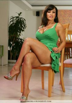 Have Lisa ann sexy toes
