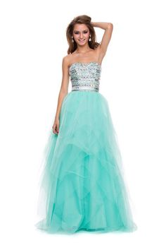 Formal Long Evening Prom Dress Features Sweetheart Neckline On The Bodice With Sparkling Sequins Accents
