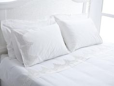 beyaz-çeyizlik-nevresim-takımları (4) Bed Pillows, Pillow Cases, Home, Pillows, Ad Home, Homes, Haus, Houses