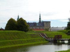 Kronborg er et slot og fæstningsanlæg i Helsingør. Slottet er et af Nordeuropas mest betydningsfulde renæssanceslotte og blev i år 2000 medtaget på UNESCOs Verdensarvsliste.