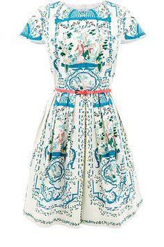 Hot summer trends: Oasis dress. Ur fave dress @Tom Beech