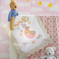 Cradle blanket - for your creations manidifata узоры, вышивк Baby Applique, Baby Embroidery, Machine Applique, Baby Bedding Sets, Cross Stitch Baby, Baby Design, Cross Stitch Designs, Cross Stitching, Baby Knitting