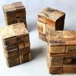 Sgabelli realizzati con blocchi di legno di pallet