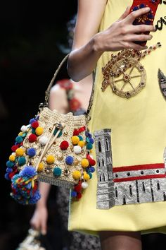 It looks like there were some new Dolce and Gabbana #crochet purses on the runway in Milan