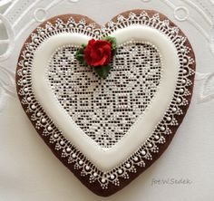 glace gingerbread with rose
