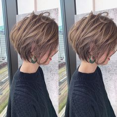 27 Incredible Lob Haircut Ideas for 2019 - Hair inspo - Frisuren Asymmetrical Bob Haircuts, Stacked Bob Hairstyles, Bob Hairstyles For Fine Hair, Medium Bob Hairstyles, Easy Hairstyles, Short Straight Hair, Short Hair Cuts, Messy Short Hair, Thin Hair
