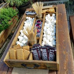 Large Rustic Wood Smores Bar Station Smores S & # s; mores bar Large Rustic Wood Smores Bar Stat Party Planning, Wedding Planning, Budget Wedding, Party Stations, Bar Station, Train Station, S'mores Bar, Grad Parties, Graduation Party Desserts
