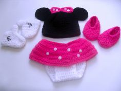 SaleCrochet Minnie Mouse outfitMinnie Mouse by StephanDesign, $25.00