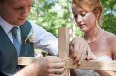 Unity Cross: tie together two pieces of wood to make a cross during your wedding ceremony.  - Wedding Belles Blog