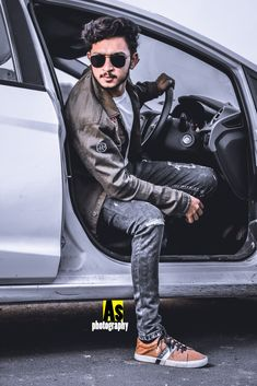 Photoshoot with car 🚗 /boy pose with car Model Photoshoot Poses, Portrait Photography Poses, Photography Poses For Men, Portrait Poses, Girl Photography, Best Poses For Men, Good Poses, Poses For Boys, Photo Pose For Man
