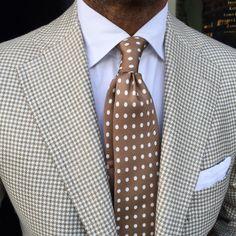 Olive Houndstooth Blazer, chocolate Polka Dots tie,White Linen pocket square, white dress shirt
