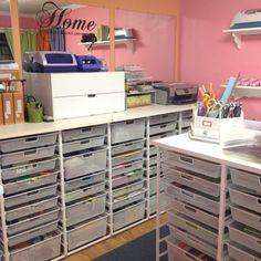 elfa craft room ideas | My scrapbook room. I used Elfa shelving and countertop system