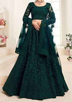 Indian Wedding Gowns, Desi Wedding Dresses, Party Wear Indian Dresses, Designer Party Wear Dresses, Indian Gowns Dresses, Indian Bridal Outfits, Dress Indian Style, Indian Fashion Dresses, Indian Designer Outfits