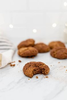 Vegan Dessert Recipes, Delicious Vegan Recipes, Gluten Free Desserts, Vegan Christmas Cookies, Christmas Baking, Holiday Recipes, Winter Recipes, Christmas Recipes, Gluten Free Snickerdoodles