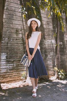 Tricia Gosingtian - Murua Top, Emoda Skirt, Tory Burch Bag, Charles And Keith Sandals - 070115 Fashion Moda, Look Fashion, New Fashion, Trendy Fashion, Korean Fashion, Girl Fashion, Fashion Outfits, Womens Fashion, Fashion Blogs