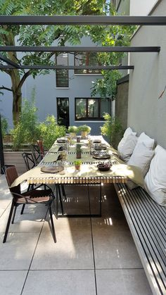 New concept city terras moderne balkons, veranda's en terrassen van lento interi. New concept city terras moderne balkons, veranda's en terrassen van lento interiors modern Outdoor Rooms, Outdoor Dining, Outdoor Gardens, Outdoor Decor, Outdoor Patios, Outdoor Kitchens, Backyard Decks, Garden Furniture, Outdoor Furniture Sets