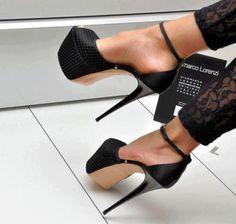 Fashion - Heels - Black